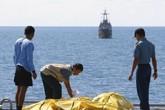 19 thợ lặn tìm kiếm máy bay QZ8501 bị bệnh