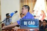 """Kẻ thảm sát 4 người ở Nghệ An """"cười"""" khi bị tuyên án tử hình"""