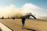Máy bay bốc cháy khi chuẩn bị cất cánh