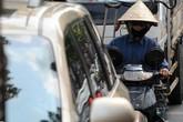 Hiểm họa khôn lường trong ô tô ngày nắng nóng 40 độ