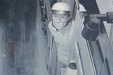 Camera ghi hình kẻ trộm kim cương của ông chủ nhà hàng Nhật