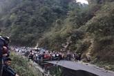 Lời kể hãi hùng của nhân chứng vụ xe bồn đâm xe khách khiến 3 người chết
