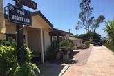 Ngôi nhà ở Mỹ gắn biển phố Hà Nội của Bằng Kiều