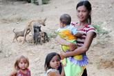 Đau lòng ở nơi trẻ con đẻ ra… trẻ con, 26 tuổi lên chức bà ngoại