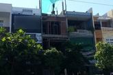 Người đàn ông rơi từ tầng 3 ngôi nhà đang xây
