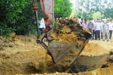 Khai quật toàn bộ chất thải Formosa chôn ở trang trại