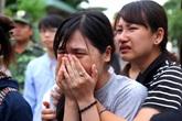 Cả làng tiếc thương nữ sinh Ngoại thương chết khi làm từ thiện