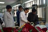 Phó Thủ tướng Vũ Đức Đam kiểm tra công tác y tế tại Thanh Hóa
