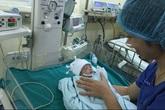 Nghe bác sĩ kể ca mổ cứu sống em bé 1,4kg bị bệnh tim phức tạp