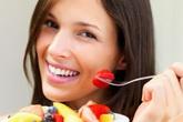 Ăn cơm xong có nên tráng miệng hoa quả?