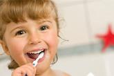 """Thói quen """"chết người"""" khi sử dụng bàn chải đánh răng ít ai biết"""