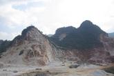 Nghệ An: Sập mỏ đá, 3 người thiệt mạng