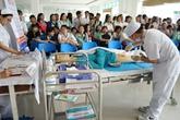 Sinh viên khoa điều dưỡng thi kỹ năng nghề nghiệp