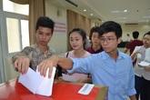 Sinh viên trường y háo hức đi bầu cử