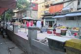Hà Nội: Khu tập thể, sân chơi, lối đi lại thành chợ