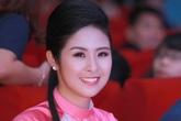 Hoa hậu Ngọc Hân diện áo dài tự thiết kế thu hút mọi ánh nhìn