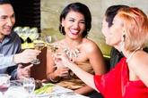 Những nguyên tắc lịch sự khi đi ăn ai cũng cần biết