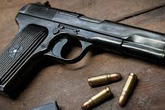 Nạn nhân vụ bị bạn dùng súng bắn đã qua cơn nguy kịch