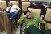Táo quân 2016 rò rỉ hình ảnh hậu trường toàn... ăn, ngủ