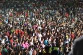 Đêm trước ngày khai hội, vạn người nườm nượp đổ về Đền Hùng