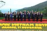 Lãnh đạo 21 nền kinh tế APEC thông qua nhiều văn kiện