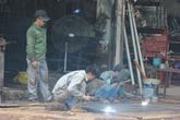 Sau vụ cháy làm 8 người chết, lửa hàn xì vẫn đỏ nhiều khu phố chật của Hà Nội