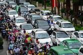 Hà Nội: Nhiều tranh luận về ý tưởng thu phí ô-tô khi cố đi vào chỗ... tắc đường