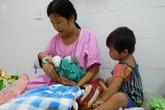 TP.HCM: Chồng đi làm không về, sản phụ đẻ rớt con trong hố nước nhà vệ sinh lúc nửa đêm