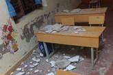 Hải Phòng: Bị trần lớp học rơi vào người, 3 học sinh lớp 1 phải nhập viện