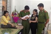 Gặp lại cháu bé và hai người lính hình sự trong ca đỡ đẻ 'vô tiền khoáng hậu'