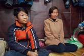 Cậu bé đánh giày kiếm tiền chạy thận chỉ thèm đón Tết cùng bố mẹ