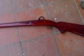 Hai vợ chồng tử vong bên cạnh khẩu súng kíp