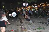 Hạ Long ngập rác sau đêm hội Carnaval