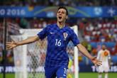 Tiền đạo Croatia bị đuổi về nước: Cái giá cho sự chảnh chọe