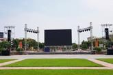 Lắp màn hình LED cỡ lớn ở quảng trường Hồ Chí Minh để cổ vũ Olympic VN