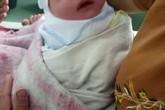 Hải Phòng: Bé trai sơ sinh chưa cắt rốn, không mảnh vải che thân bị vứt ven đường