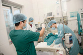 Vì sao rất ít bệnh viện mua bảo hiểm nghề nghiệp cho bác sĩ?