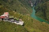 """Panorama """"mọc"""" trên đỉnh Mã Pì Lèng: Sẽ phá dỡ toàn bộ tầng giật cấp nhô ra sông Nho Quế"""