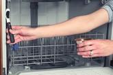 Vệ sinh máy rửa bát đúng cách