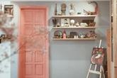 Căn hộ tông hồng san hô đẹp như trong mơ nhìn đâu cũng lạ mắt của con gái cố nghệ sĩ Hồng Sơn