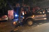 Hà Tĩnh: Ra đường ăn mừng U22, xe ô tô đâm gãy cột điện khiến hai người nhập viện