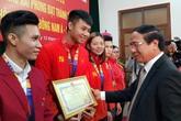 Thủ môn Văn Toản được thưởng nóng tại Hải Phòng