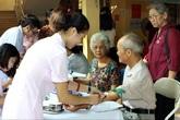 Cần lấp đầy 'khoảng trống' trong chăm sóc người cao tuổi