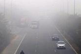 Vì sao Hà Nội xuất hiện tình trạng sương mù dày đặc?