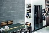 Ngôi nhà phố cho gia đình 3 thế hệ với chiều dài 36m² tạo ấn tượng mạnh nhờ tông màu trung tính ở Hà Nội