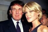 """Tổng thống Donald Trump thời trẻ đẹp trai như """"nam thần"""" với thời trang lịch lãm"""