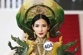 Nhiều thiết kế trang phục dân tộc độc đáo nhưng đã đáp ứng đúng tiêu chuẩn của Hoàng Thuỳ?