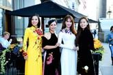 Ý kiến trái chiều của loạt sao Việt về bộ trang phục của Ngọc Trinh ở LHP Cannes 2019