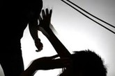 Nghệ An: Uống rượu về, cha 80 tuổi chém tử vong con