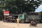Xe ô tô tải tông xe máy, 4 người thương vong